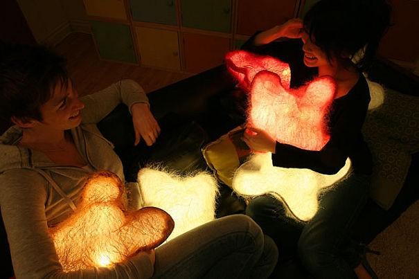 Praznične svetleče blazine.