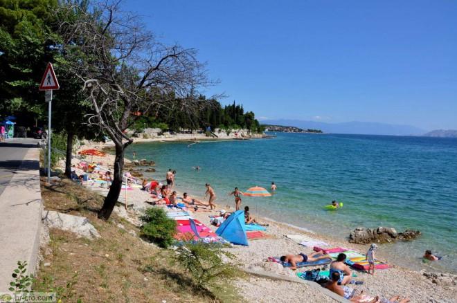 Plaža Crni Molo, Crikvenica