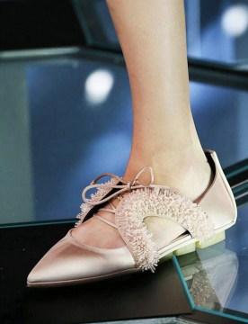 Odprte balerinke z zašiljenim sprednjim delom Balenciaga.