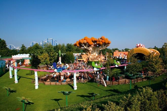 Gardaland je že od nekdaj nadvse priljubljena izletniška točka za družine z otroki.