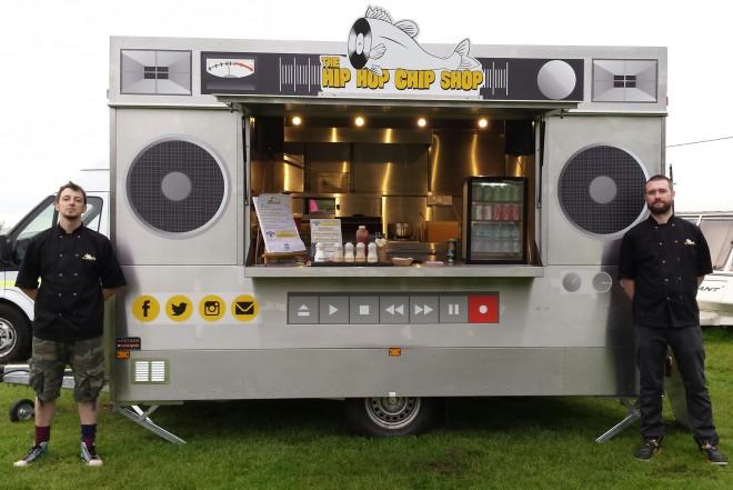 Hip Hop Chip Shop – na videz neznansko privlačen tovornjak s še bolj privlačnimi, slastnimi jedmi.