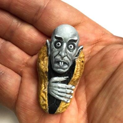 Umetnine iz arašidov