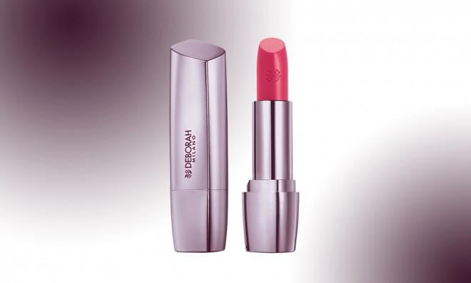 Priigraj si rdečilo za ustnice Milano Red Shine (slika je simbolična).