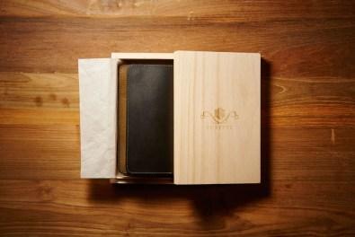 Pufftec Fumo - usnjena denarnica rezervirana za kadilce