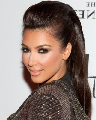 Volumen ob lasišču – frizura, ki pomladi obraz