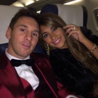 Lionel Messi le redko najame zasebno letalo. Nazadnje se je to zgodilo, ko je odletel na podelitev nagrade Ballon d'Or gala v Zürich.