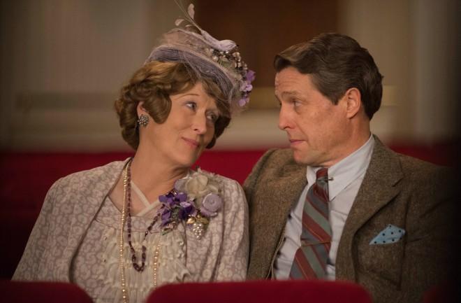 Meryl Streep in Hugh Grant v filmu Neslavno slavna Florence