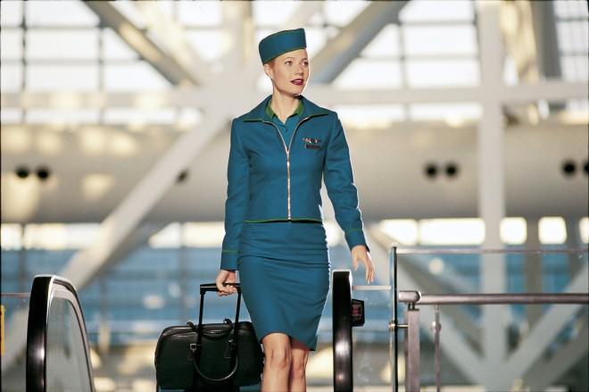 Na letališču so vedno dodatne stevardese.