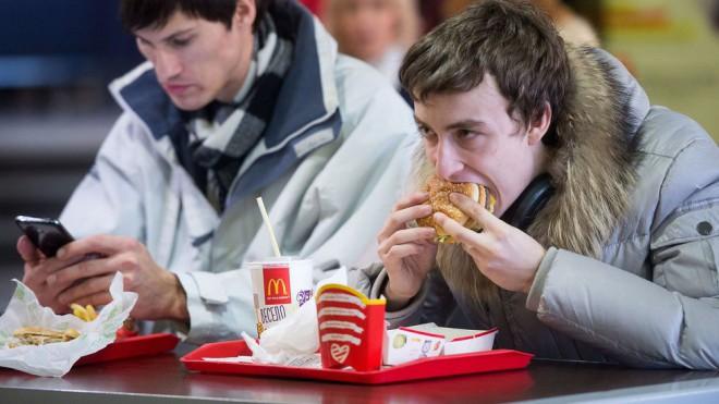 Velikosti posameznih porcij se po svetu razlikujejo.