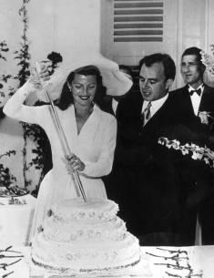 Poročne torte skozi čas
