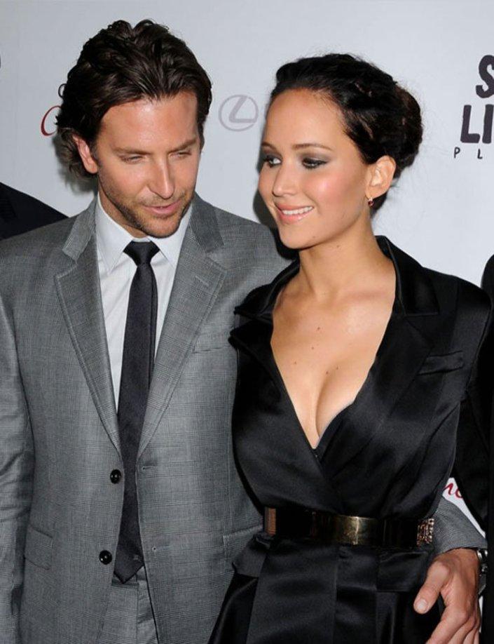 Bradley Cooper in Jennifer Lawrence