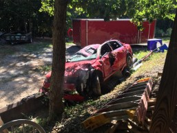 Jezni oče uničili hčerkinega Audija A4, da bi se ta naučila lekcije.