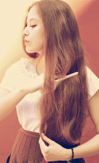 Glavnik oz. kartača za lase