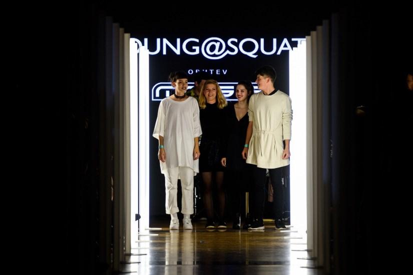 Young@Squat (Barbara Krmelj, Maja Leskovšek, Sara Valenci in Timotej Bistan); ime kolekcije: S IX
