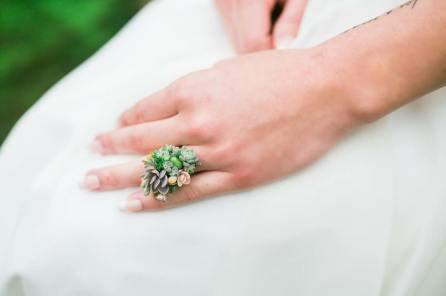 Cvetoči prstan