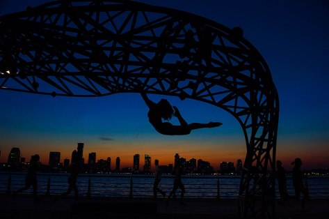 Čudovite fotografije golih baletnikov na ulicah New Yorka in Pariza