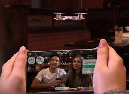 Etui za pametni telefon Selfly