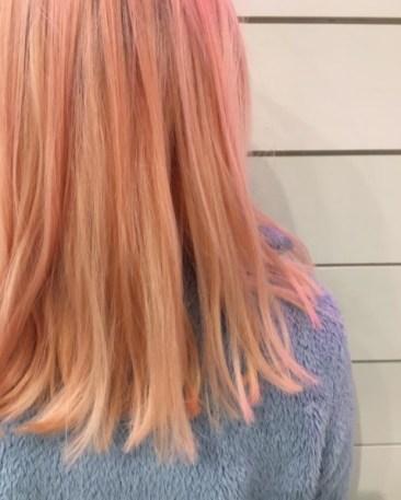 """Ženske frizure 2017: trend barvanja las za letošnje leto je """"blorange"""""""