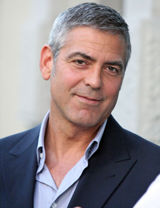 George Clooney: zelo tanka zgornja ustnica