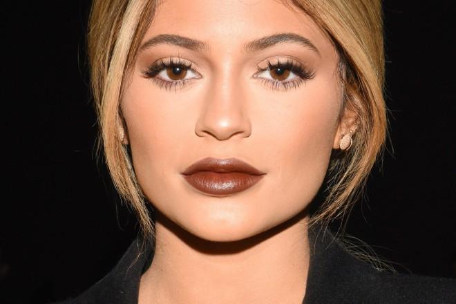 Kylie Jenner: sSpodnja ustnica je večja od zgornje