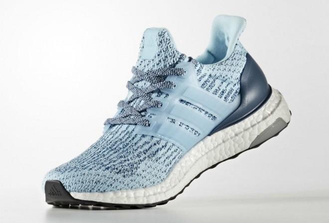 adidas UltraBOOST za ženske v Icey Blue barvni kombinaciji.