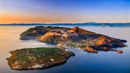 6. Eolsko otočje, Italija