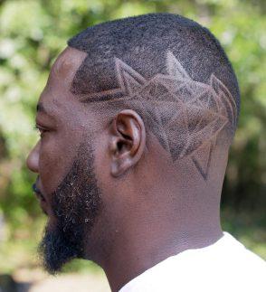 'Poslikava' iz las na zatilju