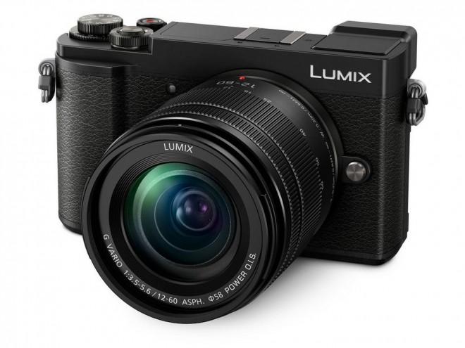 Panasonic Lumix GX9 v črni barvi.