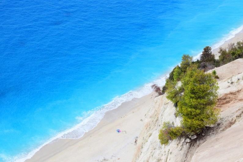 Egremni, Grčija