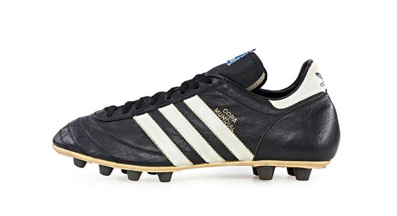 Adidas Copa Mundial.