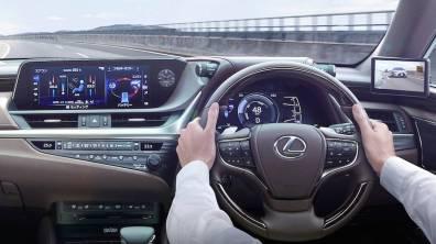 Lexus Digital Outer Mirrors