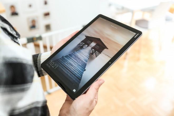 Velikost ekrana na tablici je vsekakor dobrodošla pri spremljanju digitalnih vsebin!