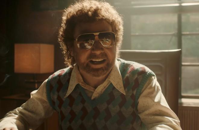 Raya Fosterja v filmu upodobi Mike Myers.