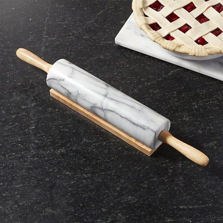 "Darilo za gurmana, ki v svoji kuhinji želi imeti ""statement"" kuhinjski pripomoček."