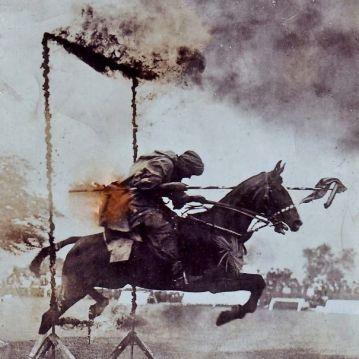 """""""Dedek na konju, ki ga je uril za bitko med prvo svetovno vojno."""""""