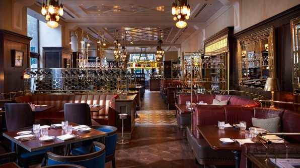 Four Seasons Hotel Gresham Palace, Budimpešta, Madžarska