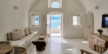 Mystique, Santorini, Grčija