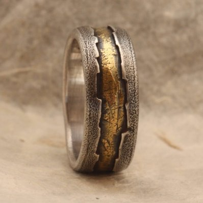 18-karani prstan iz srebra in zlata, IrinisWorld; 239,12 evra