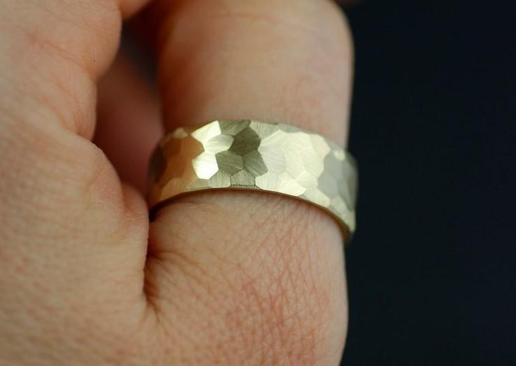 10-karatni zlati prstan, lolide; 172,21+ evra