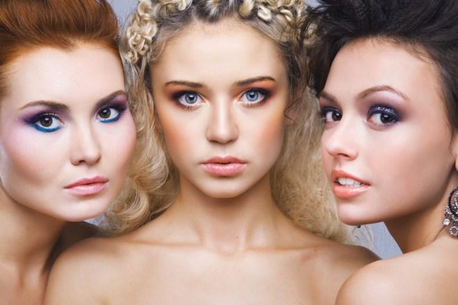 Največ pozornosti naj bi pritegnile blondinke.