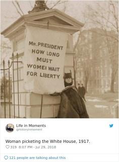 Ženska protestira pred Belo hišo, 1917.