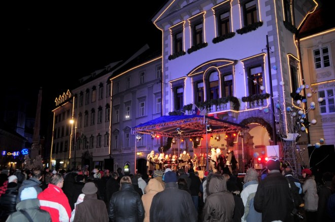 Božični koncert pred Magistratom (Foto: © Dunja Wedam)