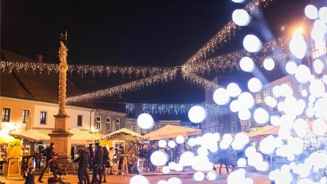 Zimska pravljica na Grajskem trgu (Foto: Dejan Bulut)