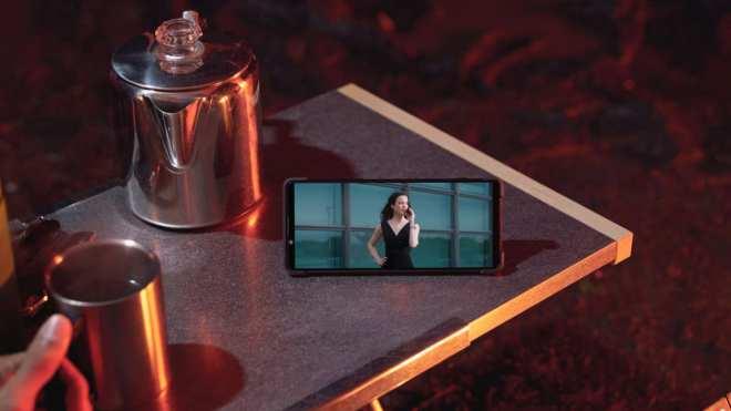 Pametni telefon Sony Xperia 1 II