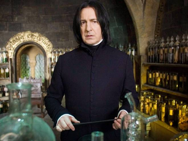 Robaus Raws, profesor čarobnih napojev na Bradavičarki