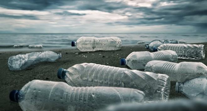 Encim je v 10 urah na 90 odstotkov razgradil tono plastike.
