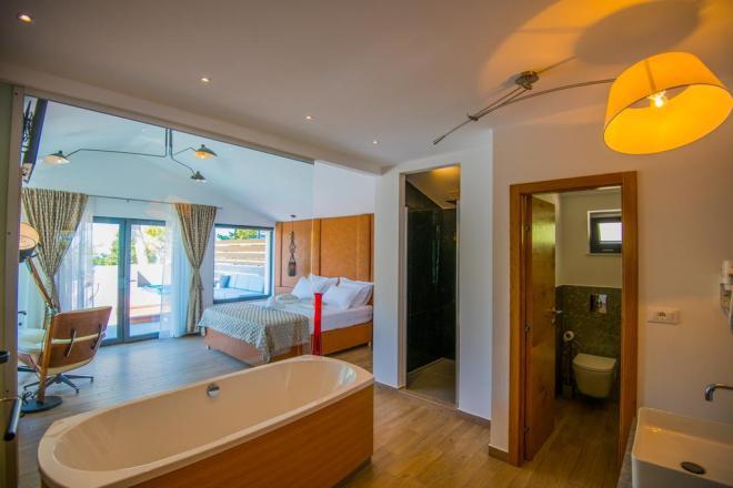 Villa premore tri spalnice! (Foto: Booking)