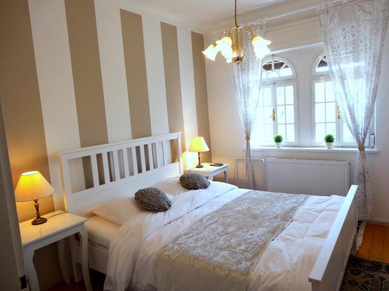 Vila Elasan (foto: Booking.com)