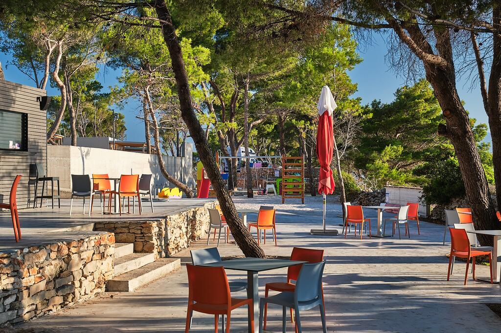 Butični kamp Bunja na Braču (Foto: Booking.com)