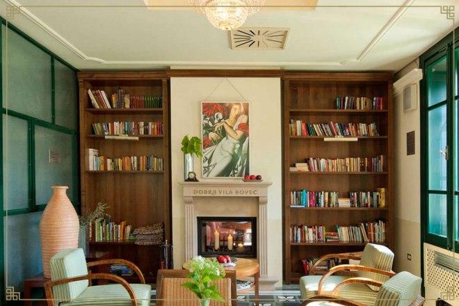 Knjižnica v butičnem hotelu Dobra Vila Bovec (Foto: last ponudnika)